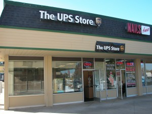 The new UPS Store at West Park Plaza at Winchester and Payne, beside Nails Amour